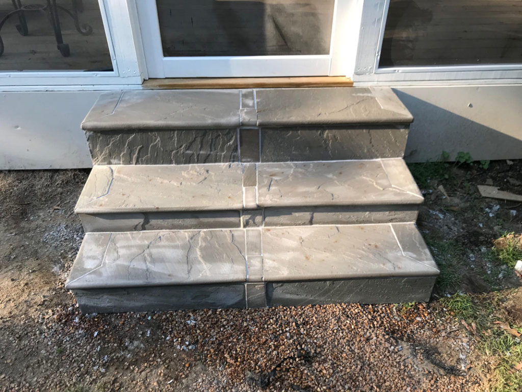 Bull Nosed Flagstone Tiled Concrete Step Construction in Memphis, TN